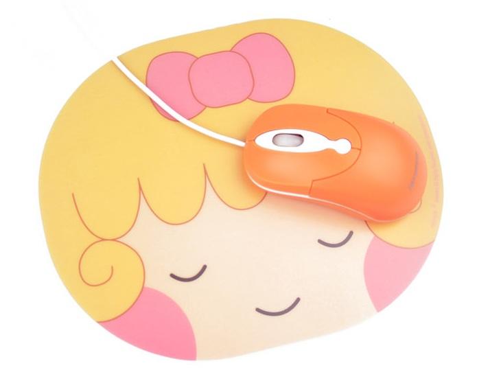 韩版可爱娃娃头鼠标垫
