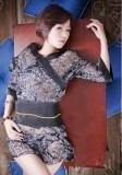 日本AV透明花面诱惑和服游戏扮演