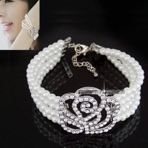 玫瑰花珍珠手链